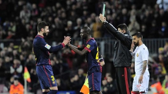 Eric Abidal makes an emotional return to football in Barcelona's 5-0 win over Mallorca
