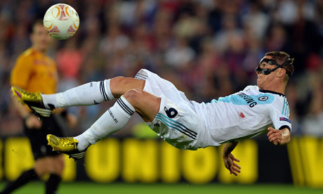 Fernando Torres attempts a bicycle-kick against Basel
