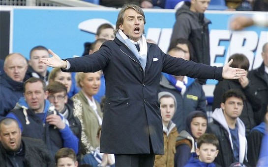 Mancini claims United don't deserve to fifteen points above City