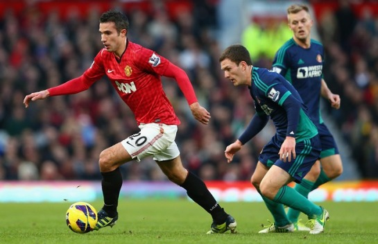 Van Persie in action against Sunderland