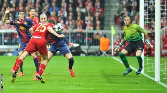Tomas Muller scores as Bayern Munich romp over Barcelona in the Champions League semifinals