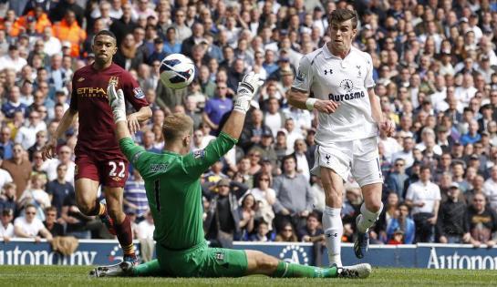 Gareth Bale scores Tottenham Hotspur's third goal against Manchester City