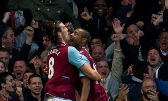 Andy Carrol and Ricardo Vaz Te celebrate after gong ahead